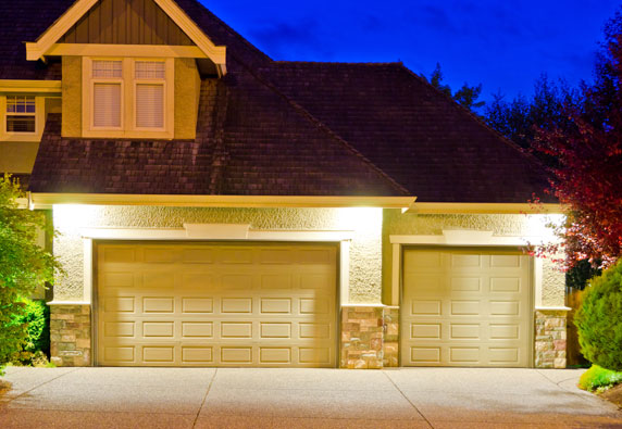 Exterior Accent Lighting on driveway